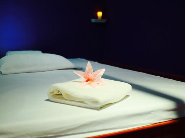 Tibetan Room Bed